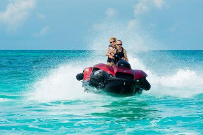 Quadski XL Water. (PRNewsFoto/Gibbs Sports Amphibians Inc.)