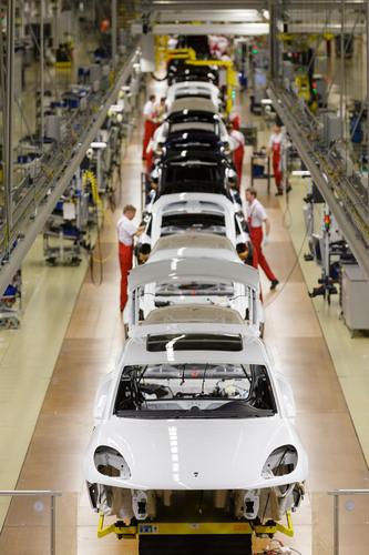Production start-up for Porsche Macan.  (PRNewsFoto/Porsche Cars North America, Inc.)