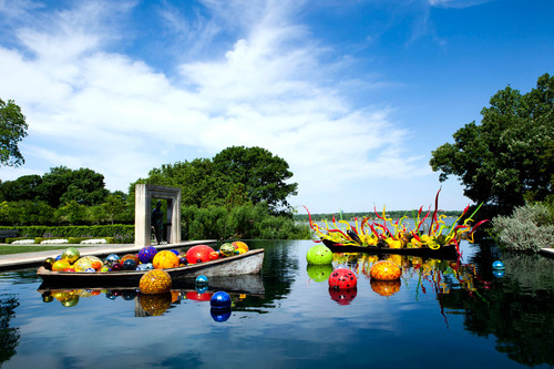 Dallas Arboretum Extends Chihuly Exhibition as Gift to the City from the Board of Directors