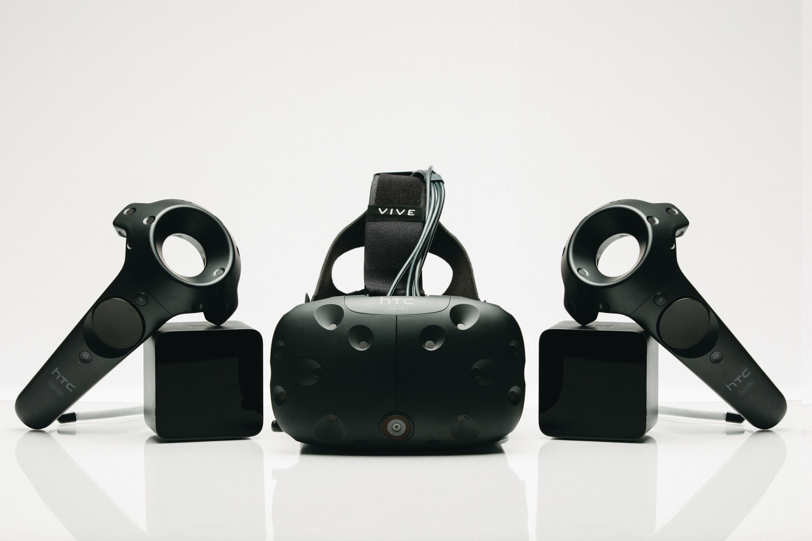 The second-generation developer edition of HTC's VR system, the Vive Pre, was the recipient of 14 awards