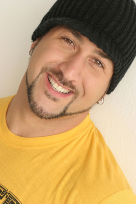 "Joey Fatone, Host of the Hub Network's New Reality Series ""Parents Just Don't Understand"" Premiering this Fall.  (PRNewsFoto/Hub Network)"