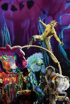 Cirque Dreams Jungle Fantasy comes alive this summer at Moon Palace Golf.  (PRNewsFoto/Palace Resorts)