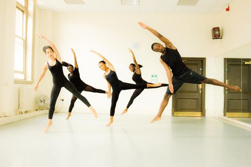 The dancers in action. (PRNewsFoto/Artistry Youth Dance)