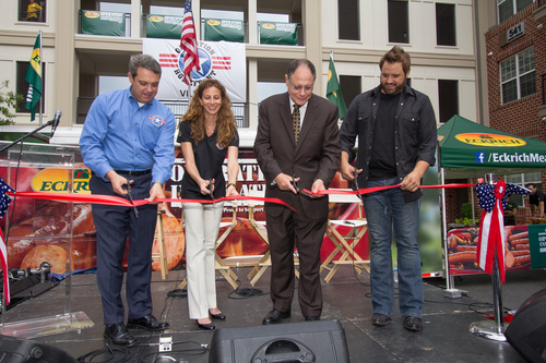 Left to Right: Jim Knotts, CEO,Operation Homefront; Jennifer Zmrhal, Director, Eckrich; Mayor of Gaithersburg, ...