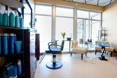 MY SALON Suite is experiencing rapid business growth of its upscale, luxurious beauty complexes with new franchise openings planned this year in Arizona, Georgia, Minnesota, New York and Canada. (PRNewsFoto/MY SALON Suite)