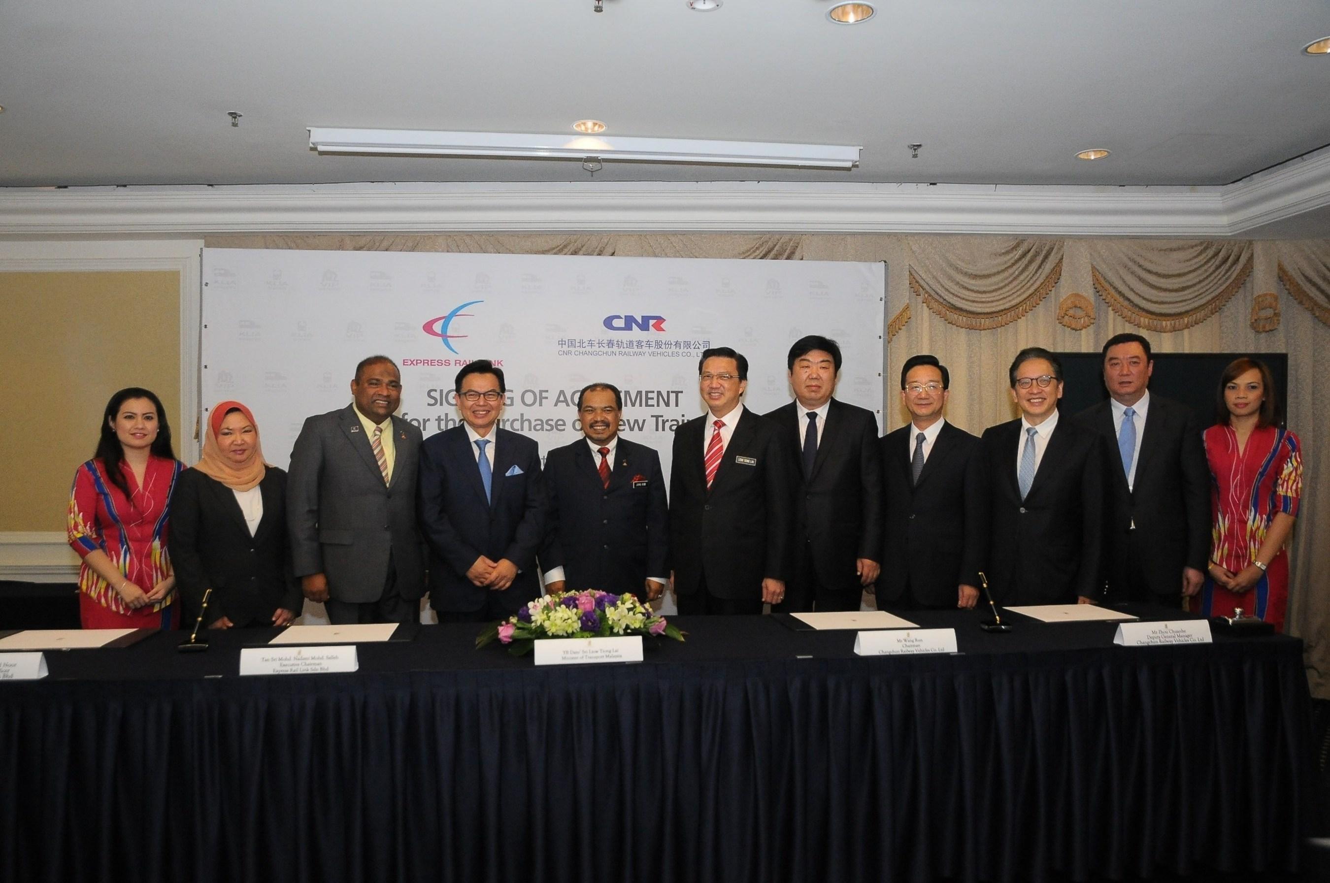 (from L-R) Pn Noormah Mohd Noor - ERL CEO, YB Datuk Seri Panglima Abdul Azeez Abdul Rahim - Chairman, Lembaga Tabung Haji, YBhg Tan Sri Mohd Nadzmi Mohd Salleh - Executive Chairman - ERL, YB Dato' Seri Jamil Khir Baharom - Minister in Prime Minister's Department, YB Dato' Sri Liow Tiong Lai - Minister of Transport, Mr Wang Run - Chairman CRC, His Excellency Huang Huikang - China Ambassador in Malaysia, YBhg Dato' Yeoh Seok Hong - Executive Director, YTL Corporation Berhad and Mr Zhou Chuanhe - Deputy General Manager/GM for Overseas Sales, CRC.