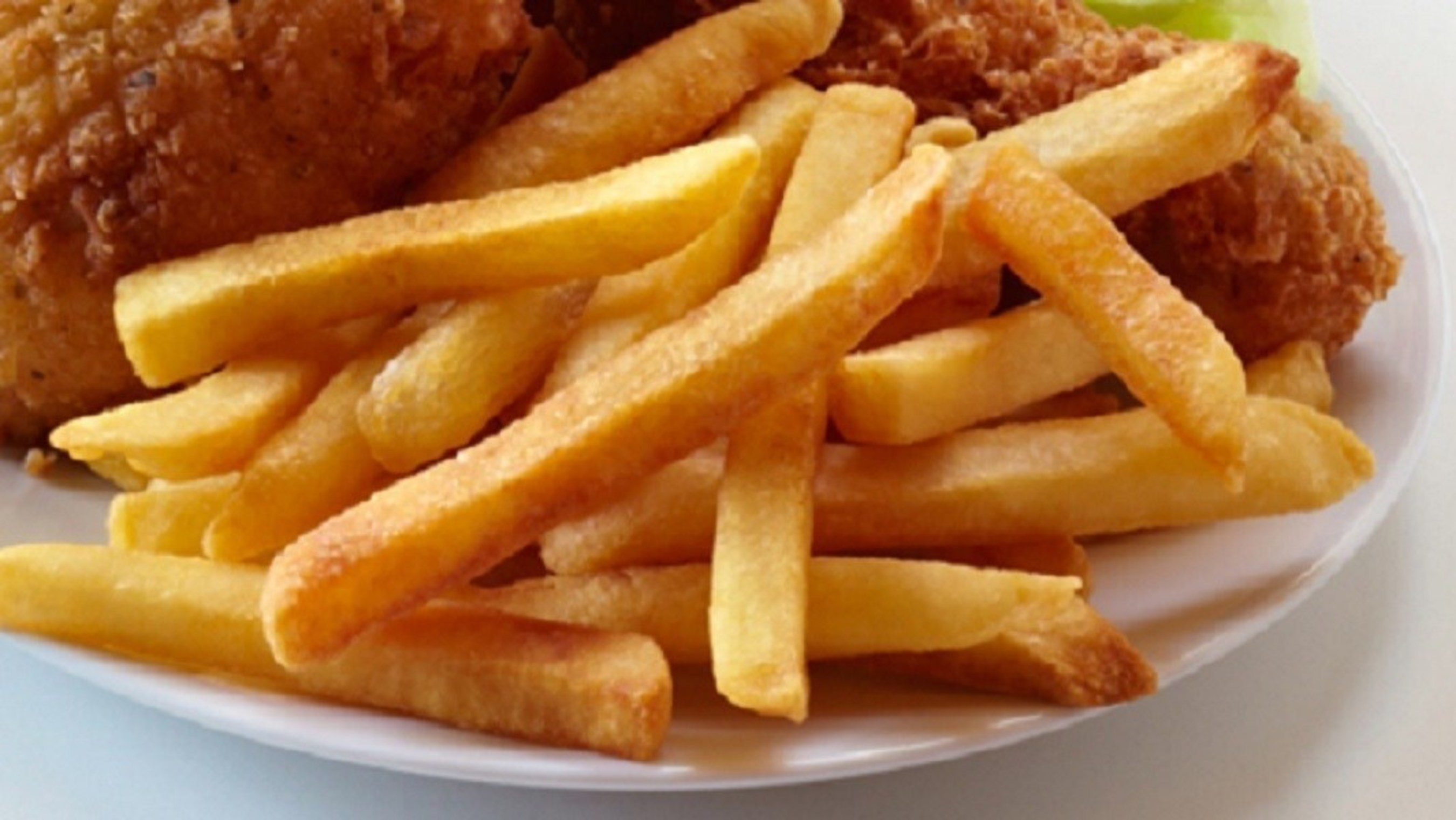 On National Hamburger Day Coast Packing Company Urges Consumers Not To Forget The Beef Tallow Fries