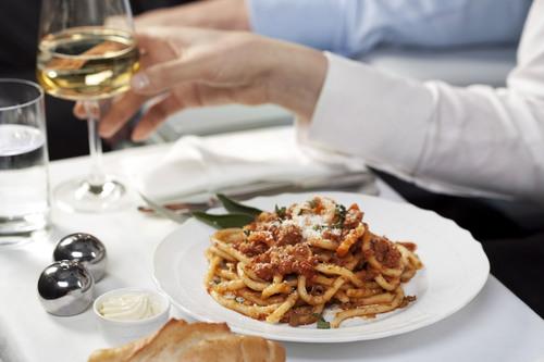 Alitalia Awarded Best Airline Cuisine by Global Traveler Magazine