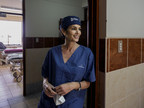 OMEGA brand ambassador Cindy Crawford spent the day with Orbis and OMEGA in Trujillo, Peru with the Flying Eye Hospital (FEH). (PRNewsFoto/ORBIS International)