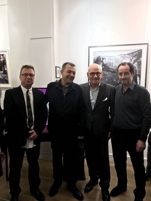 From left to right: Jean-Denis Walter, owner of the host Gallery; Vicente Todoli, Director of the Hangar Bicocca in Milan and Presidente of the single photo category jury; Carles Vilarrubi, Vicepresident of FC Barcelona and Pepe Font de Mora, Director of Foto Colectania. (PRNewsFoto/FC BARCELONA)