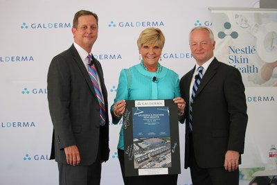 Quintin Cassady, Vice President and General Counsel for Galderma North America; Betsy Price, Mayor, City of Fort Worth; and Miles Harrison, President of Galderma North America, signed a commemorative rendering of the new Galderma R&D, training and office facility.