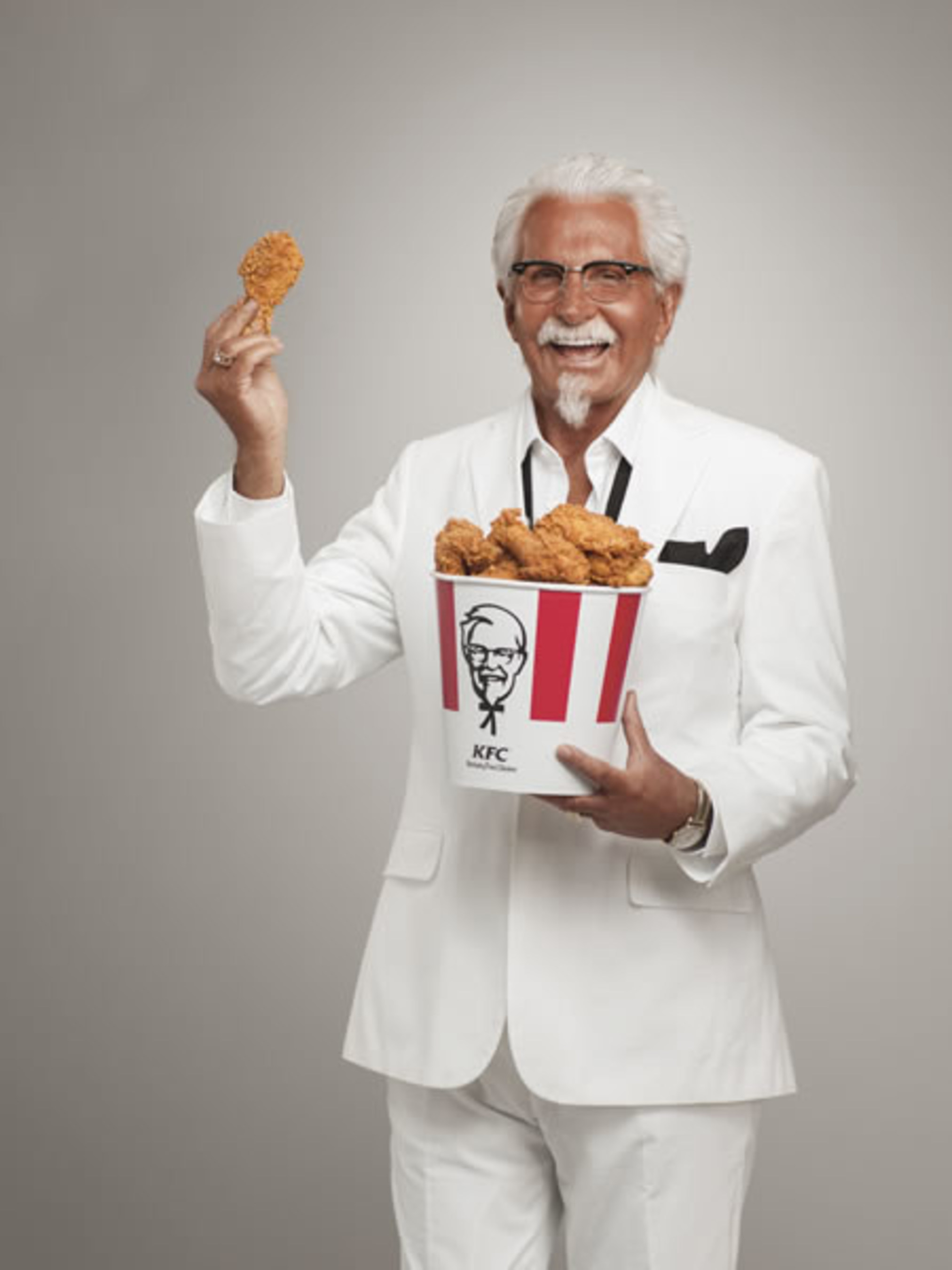 KFC Extra Crispy Colonel Played By George Hamilton Soaks Up The Sun ...