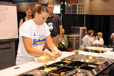 Jennifer Underwood, a SUBWAY Sandwich Artist(R) from Spokane Valley, WA, captured first place in the 2010 Sub Jammers' Competition at the annual SUBWAY(R) convention in Chicago, Ill., recently.  (PRNewsFoto/SUBWAY Restaurant)
