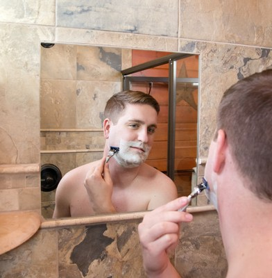 Luxury Fog-Free Shower Mirror Manufacturer Receives