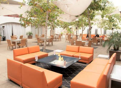 The relaxing outdoor patio at Hotel Casa 425