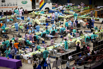 Care Harbor, a massive urban health clinic in Los Angeles, provided more than 5,700 free medical, dental and vision services - Photo by Sally Ryan for Care Harbor.  (PRNewsFoto/Care Harbor)