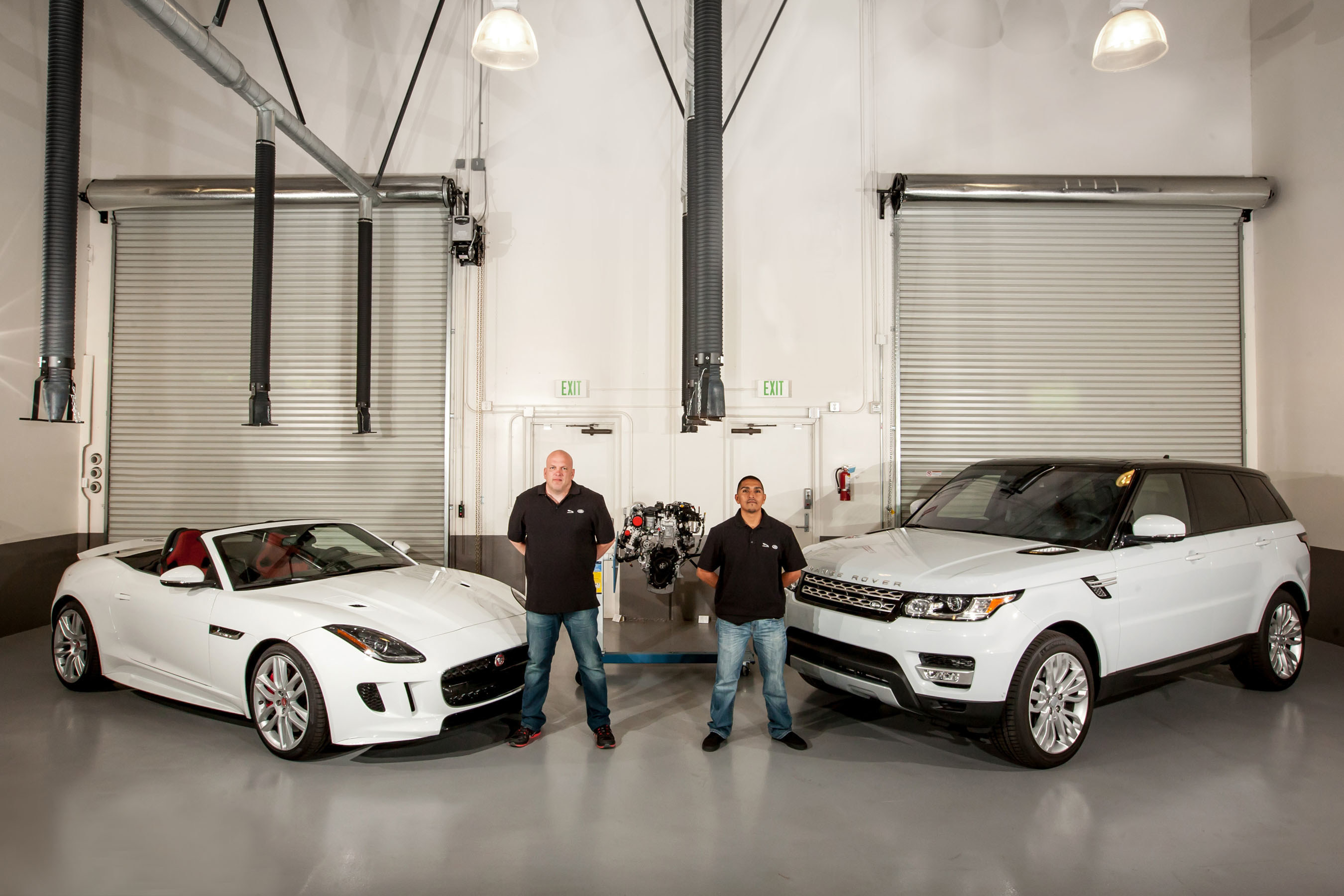 Recently hired Veteran technicians, Randy Werner (L) and Joshua Grinie (R), begin their training as part of the new Jaguar Land Rover U.S. Retail Network Veterans Employment Program in collaboration with CALIBRE Systems, Inc.