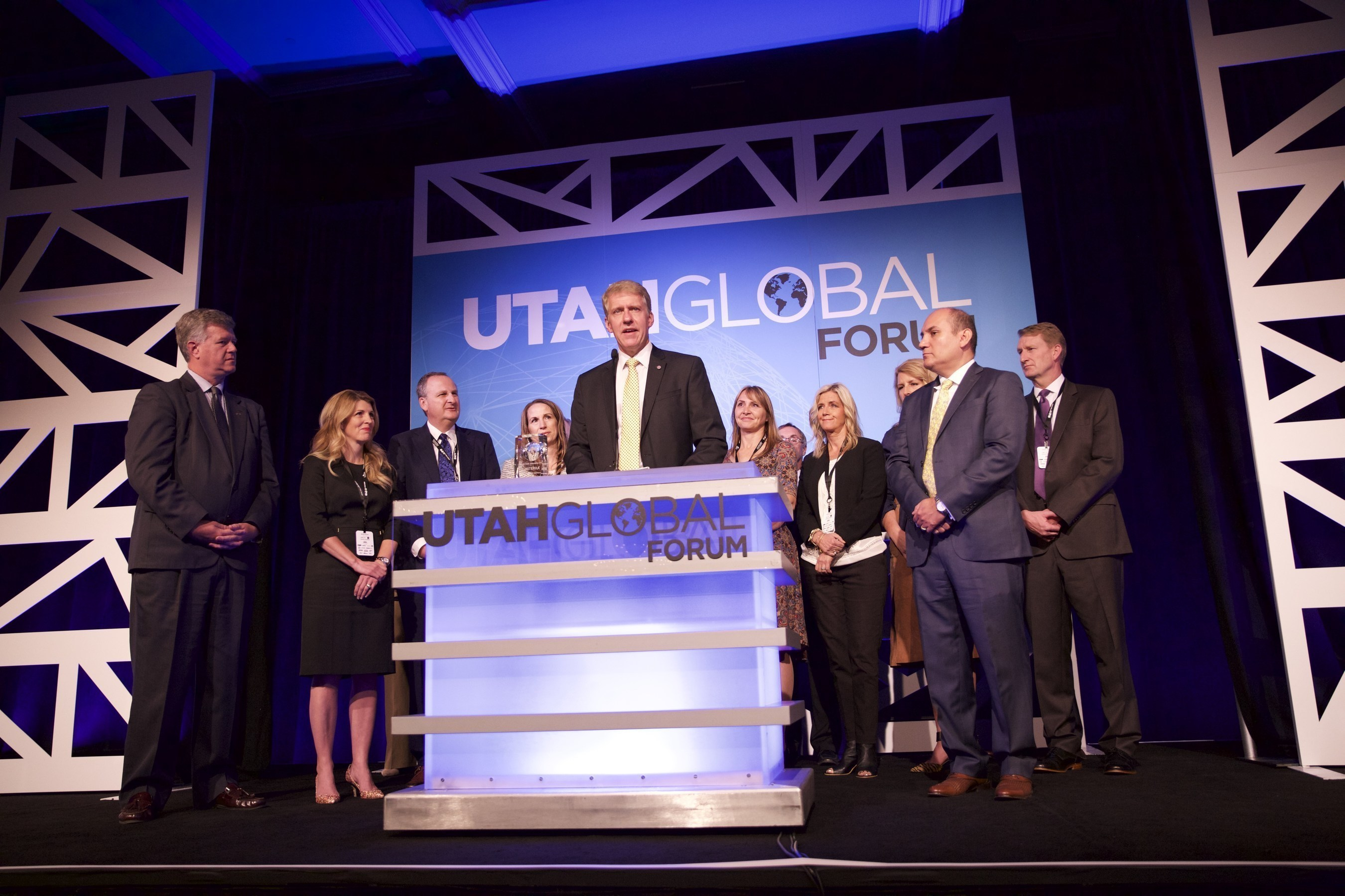 David Stirling, founding executive, CEO & president accepts the 2016 International Company of the Year award.