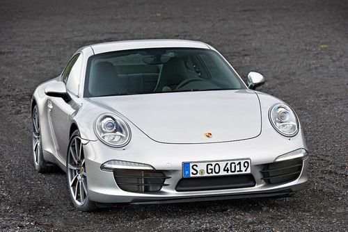 Porsche 911 Carrera S Named Robb Report Car of the Year.  (PRNewsFoto/Porsche Cars North America, Inc.)