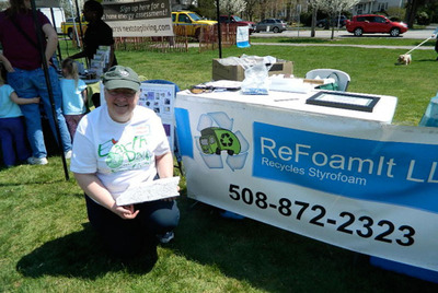 ReFoamIt at the Framingham Earth Day Festival.  (PRNewsFoto/EPS Industry Alliance)