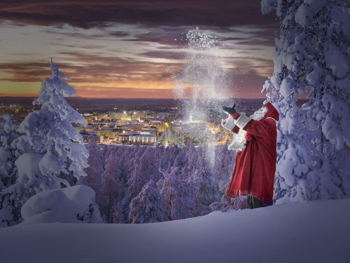 Santa Claus and his official hometown Rovaniemi, Finland (PRNewsFoto/Visit Rovaniemi)