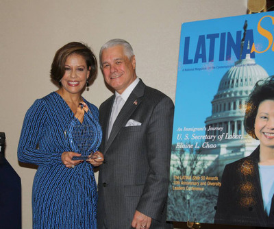 Michele Ruiz Honored as Business Woman of the Year by LATINA Style Inc.  (PRNewsFoto/Ruiz Strategies)
