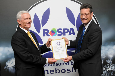 Chris Hause, Vectrus manager for environment, safety and health, accepts the RoSPA Gold Award for Safety from Errol Taylor, RoSPA director of strategic partnerships at the RoSPA Health and Safety award ceremony in Glasgow recently.