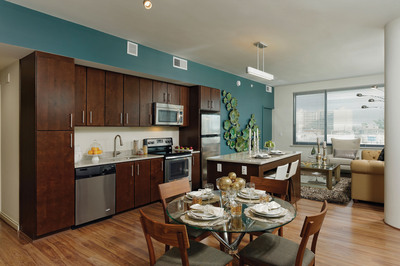 Eleven55 Ripley in Silver Spring, MD, offers a variety of floor plans, including studio, one-, and two-bedroom apartments (some with dens), as well as lofts and townhomes. Our models are beautifully decorated to showcase the high-end finishes throughout each apartment, and to highlight the amazing views of DC! (PRNewsFoto/Home Properties, Inc.)