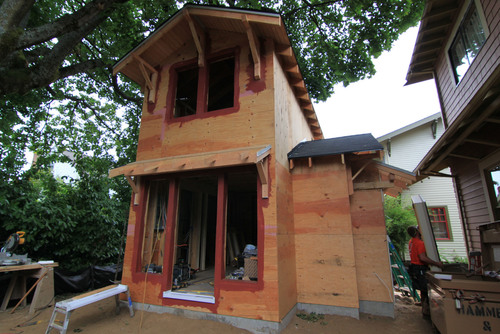 Backyard accessory dwelling units (ADUs) such as this one by Portland, Oregon, builder Hammer & Hand, are part of the trend towards greater urban density.  (PRNewsFoto/Earth Advantage Institute)