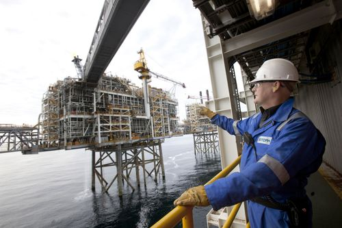 Stork provides technical services to enhance asset integrity in the global Oil & Gas, Chemical and Power sectors (PRNewsFoto/Stork)