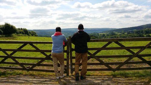 Peyman & Mohamed Al Awadi, of Peeta Planet, taking in the beautiful Countryside, in the Peak District, Great Britain. (PRNewsFoto/Visit Britain)