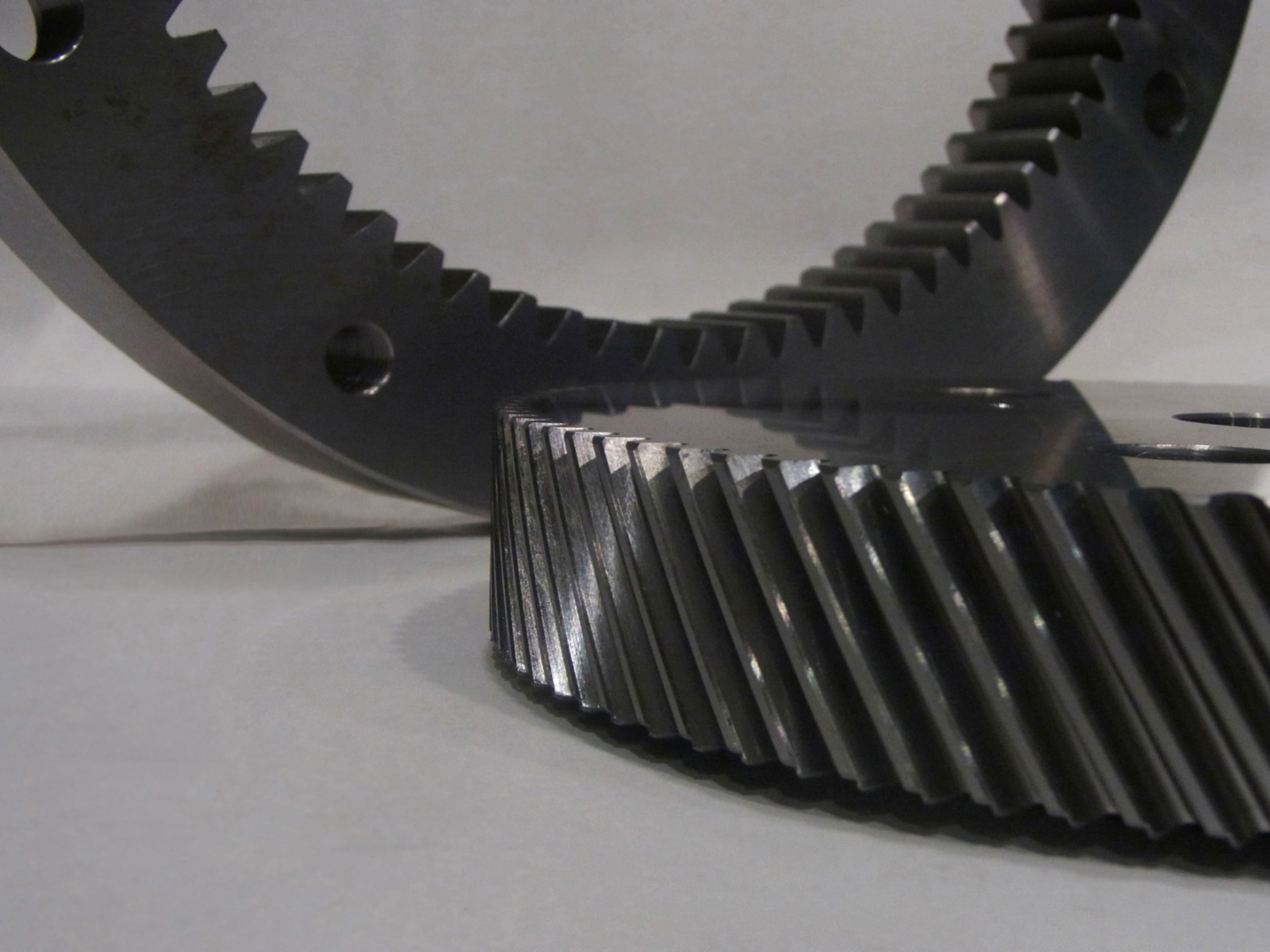 Helical Gear shaped by ST40A. (PRNewsFoto/Mitsubishi Heavy Industries, Ltd.) (PRNewsFoto/MITSUBISHI HEAVY INDUSTRIES, LTD)