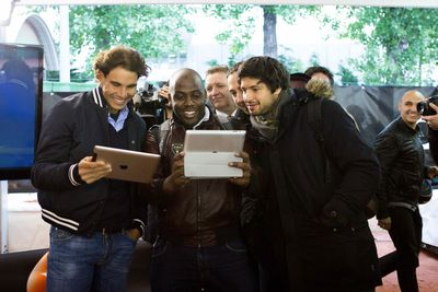 Rafa Nadal and fans playing online poker in Paris
