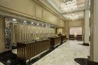 Newly renovated Loews Regency Hotel lobby.  (PRNewsFoto/Loews Hotels)