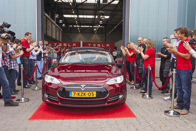 First Model S leaves new  European Tesla assembly plant in Tilburg, Netherland