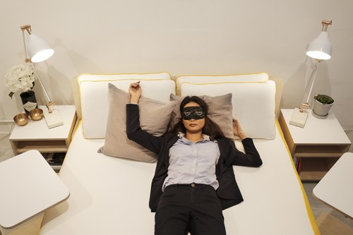SAFE KEEPING UNDER THE MATTRESS AS INVESTORS BACK EVE SLEEP (PRNewsFoto/eve Sleep)