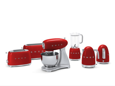 Smeg s small appliances add instant charm and retro style for 50s style kitchen appliances