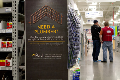 The partnership with Porch is the latest in a series of technology initiatives Lowe's has introduced to enhance the in-store support employees can offer customers. (PRNewsFoto/Lowe's Companies, Inc.)