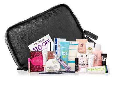 Beauty.com Introduces the Cushnie et Ochs Travel Bag.  (PRNewsFoto/Beauty.com)