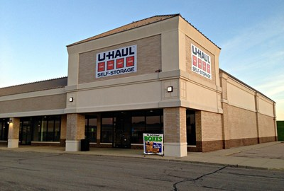Spring Hill Mall Welcomes U-Haul Moving and Storage of Spring Hill. (PRNewsFoto/U-Haul)