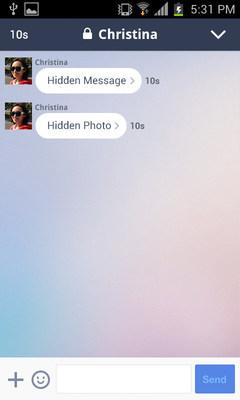 Receiver: Tap a message (PRNewsFoto/LINE Corporation)