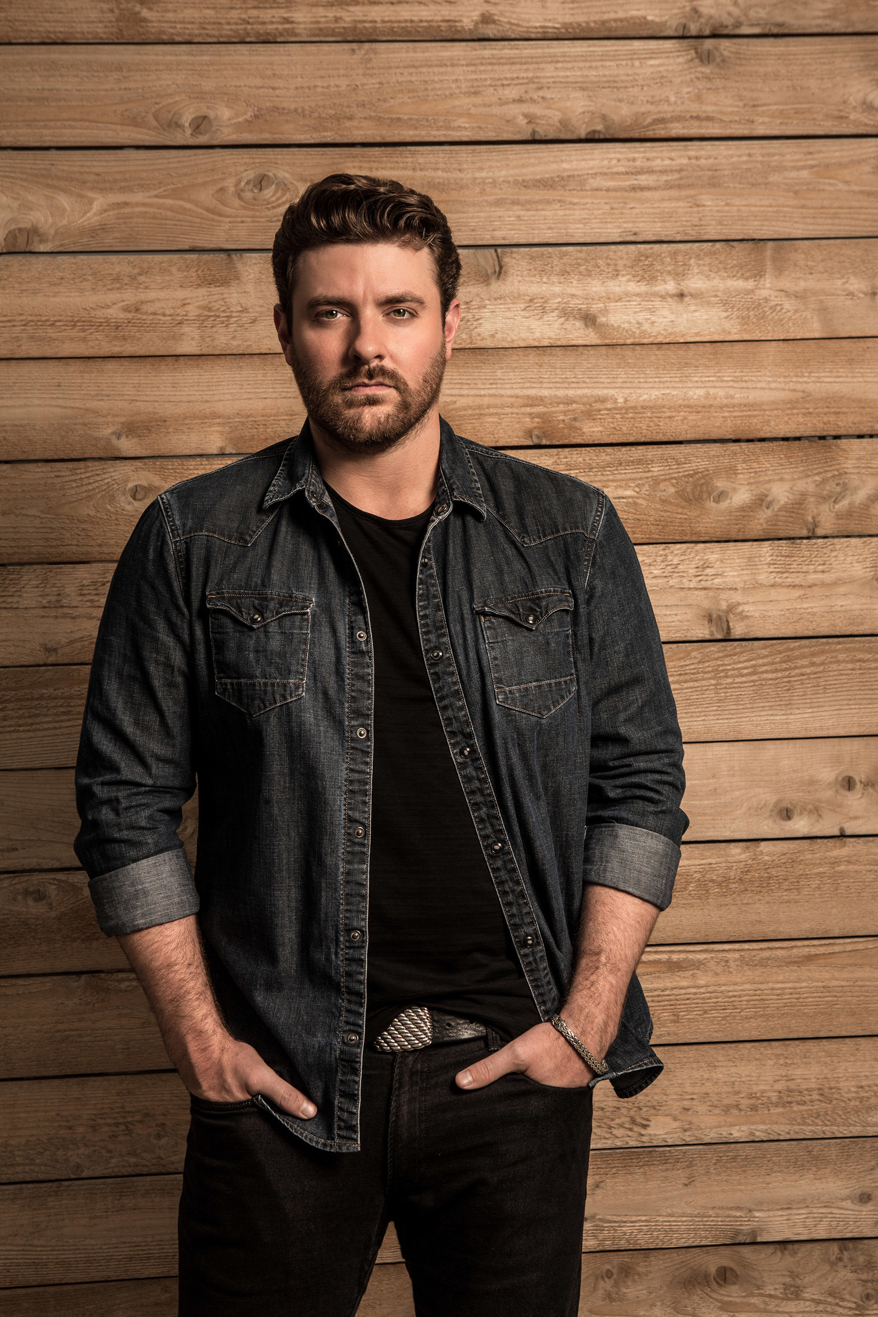 Country music star Chris Young