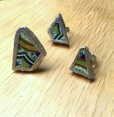 Soldered rings made from broken tiles. (Crafty Chica)