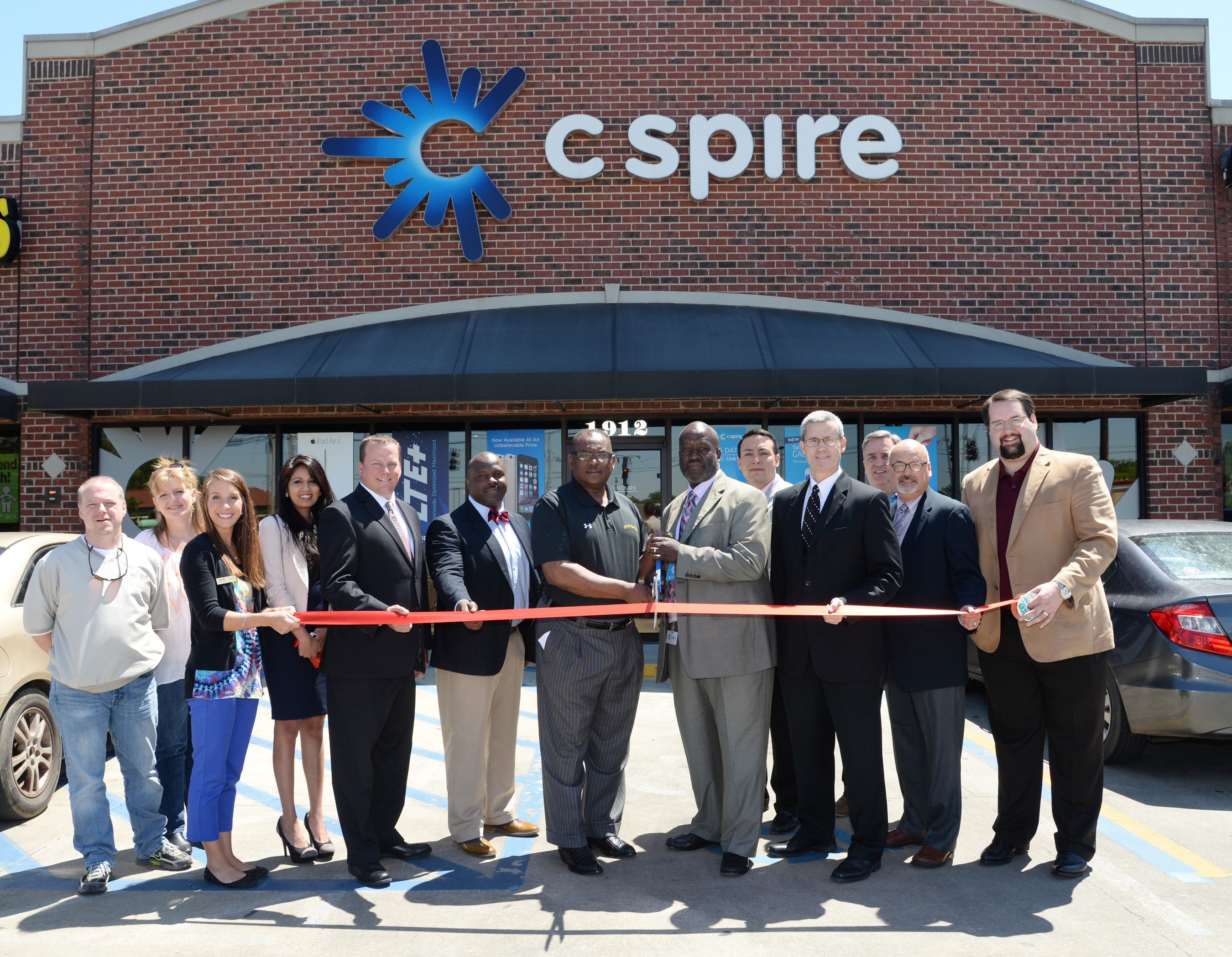 C Spire unveils redesigned state-of-the-art retail store in Columbus to showcase customer inspired communication services and technology products
