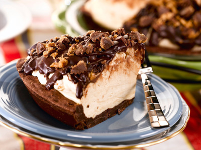 Celebrate with Martha White(R) Holiday Muffin Mix(TM) Challenge award-winning recipes.  (PRNewsFoto/Martha White)