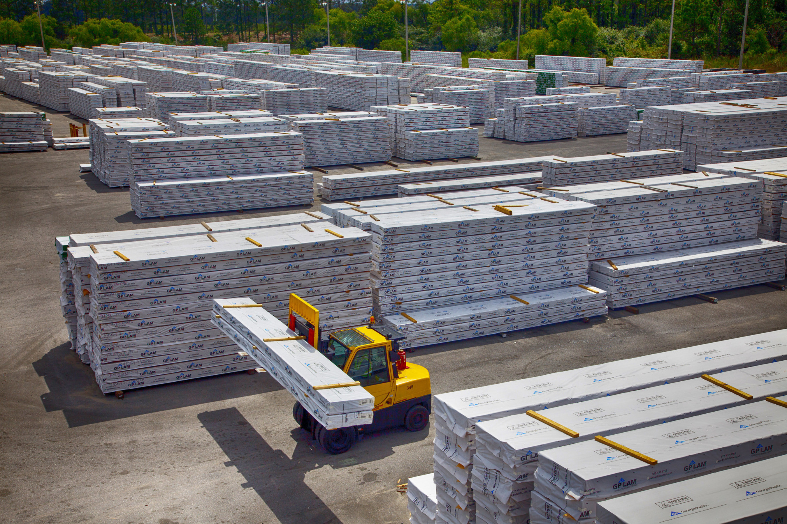 Georgia-Pacific today announced an investment of approximately $6 million at its Thorsby, Alabama, engineered lumber operations to expand production capacity of laminated veneer lumber.
