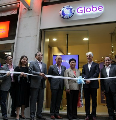 Globe President CEO Ernest Cu (center) led the opening of the Globe Store in Milan, the telco's first commercial establishment overseas, together with the company's top officials (from left): Chief Operating Advisor Peter Bithos, SVP for International Business Rizza Maniego-Eala, EVP & Chief Operations Officer for International and Business Markets Gil Genio, Consul General of the Philippines in Milan Marichu Mauro, Globe Mobile Italy General Manager Eugenio Barbieri and Globe Chief Finance Officer Albert de Larrazabal (PRNewsFoto/Globe Telecom, Inc.)