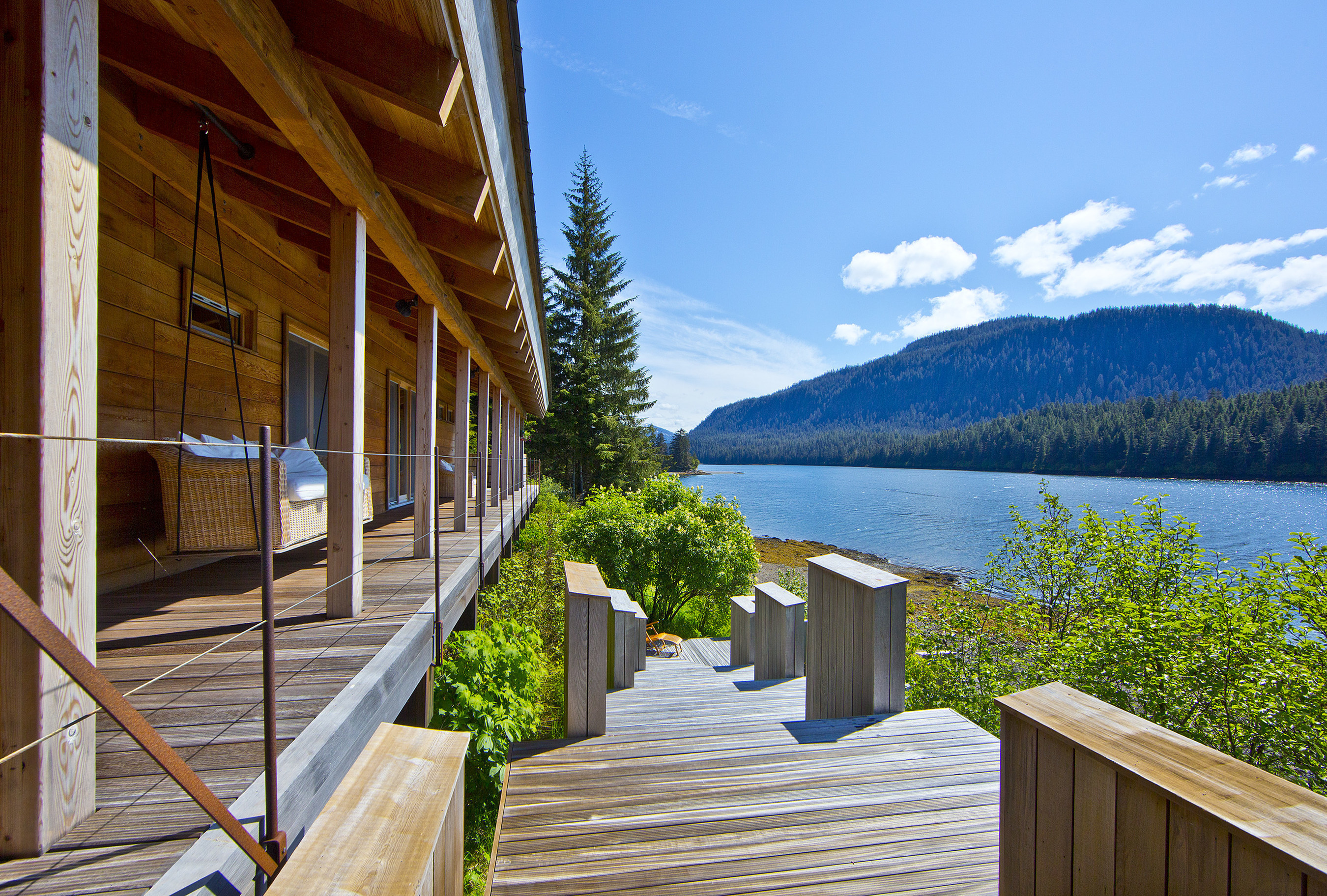 Concierge auctions to sell alaskan waterfront retreat on for Waterfront retreat