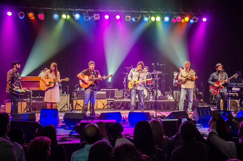 John Mayer Performs First Public Set Since April 2011 At Benefit Concert In Bozeman Featuring Special Guest Zac  ...