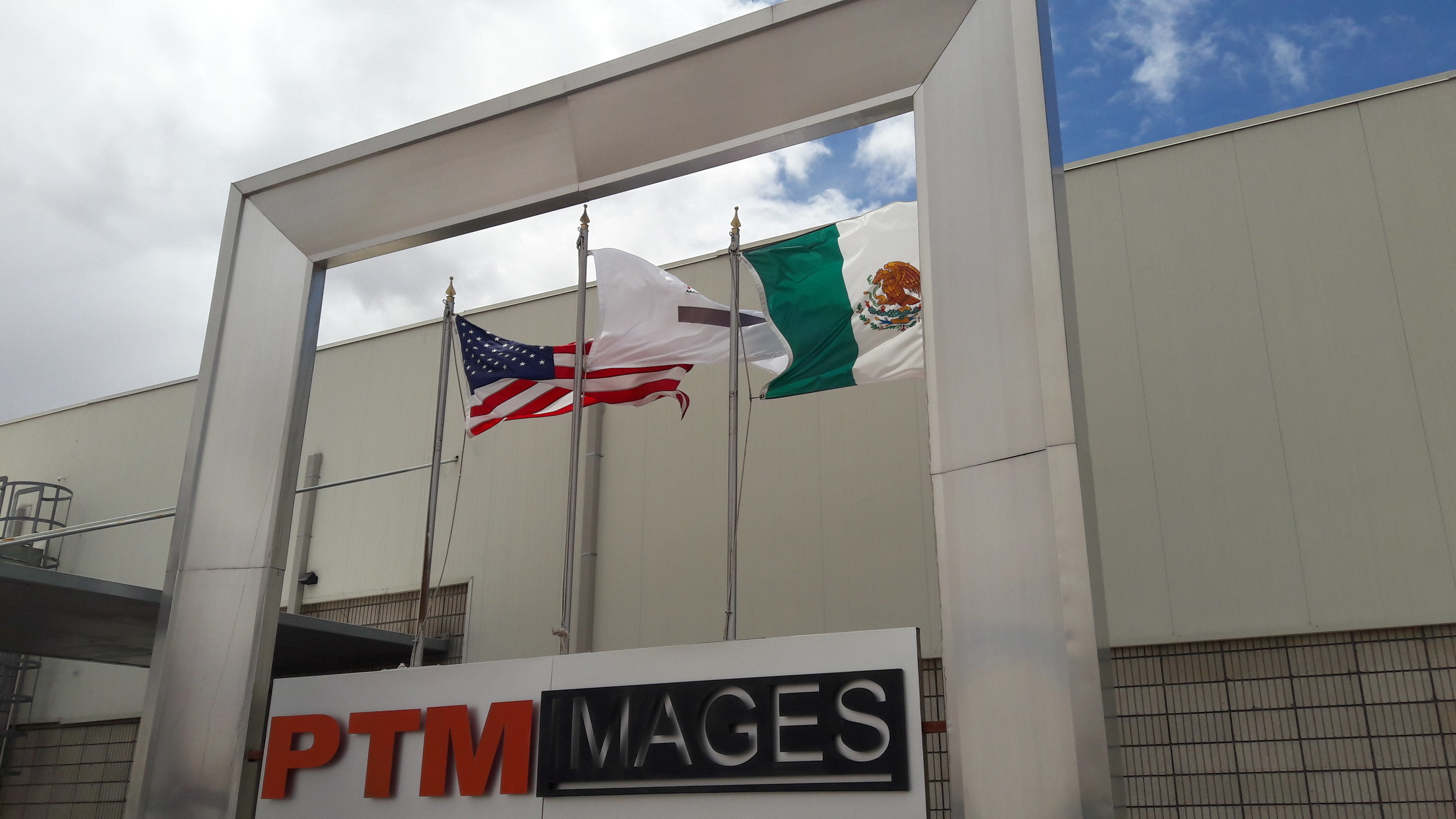 PTM IMAGES' new facility and its proximity to the United States allows the Company to deliver merchandise across the border within 45 minutes. PTM is located just 20 minutes south of Yuma, Arizona. PTM is an example of the benefits NAFTA provides by creating jobs on both sides of the border.